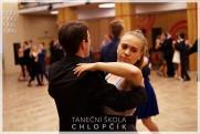 Termíny lekcí podzimních středoškolských tanečních v Google kalendáři. - 76