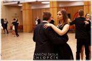 Termíny lekcí podzimních středoškolských tanečních v Google kalendáři. - 77