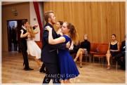 Termíny lekcí podzimních středoškolských tanečních v Google kalendáři. - 81